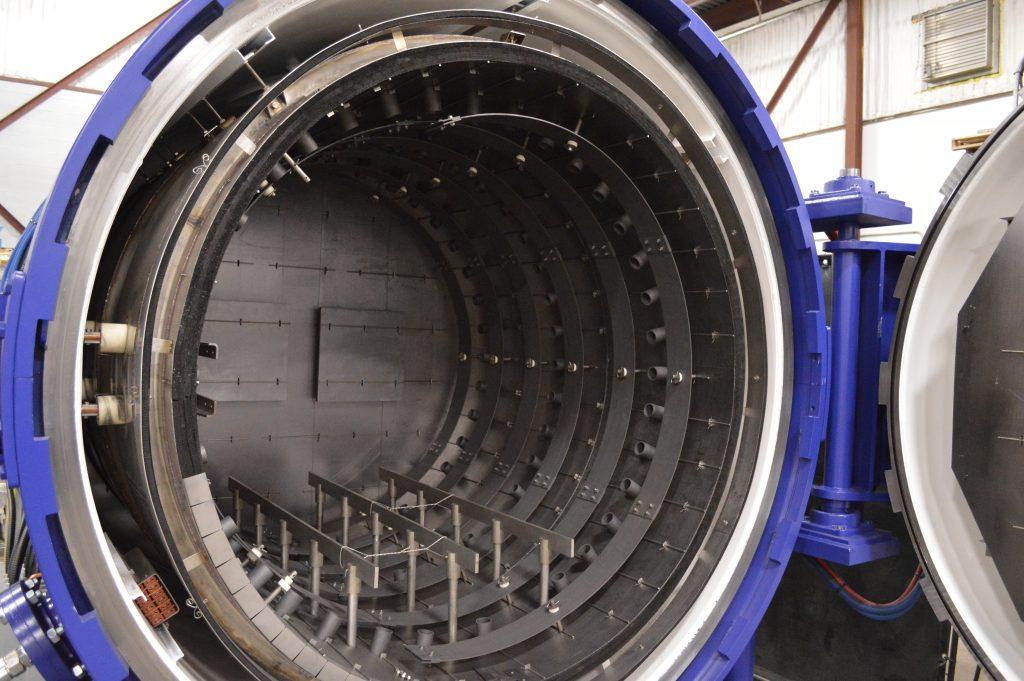 Figure 2 | Typical single chamber horizontal vacuum furnace